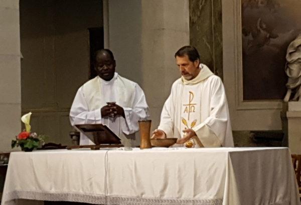 Pâques à Saint Louis - Les célébrants